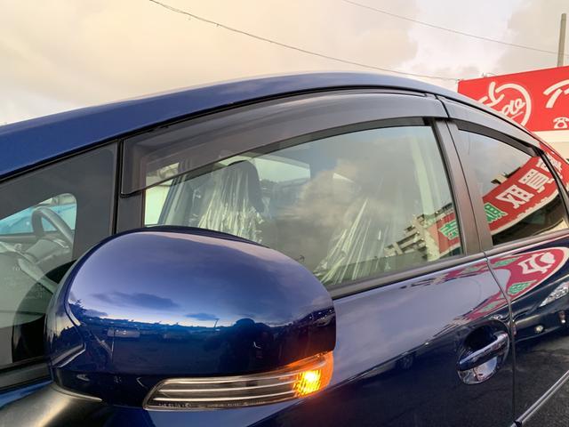 「トヨタ」「プリウスα」「ミニバン・ワンボックス」「沖縄県」の中古車31