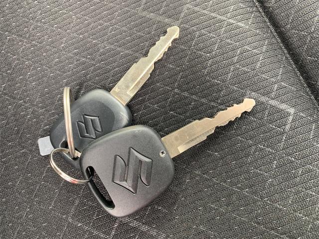 ハイブリッドFX ワンオーナー 社外CDデッキ シートヒーター オートライト オートエアコン キーレスエントリー アイドリングストップ サイドバイザー セキュリティアラーム ETC(23枚目)