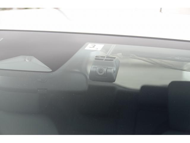 e:HEVベーシック デモカーアップ・衝突軽減ブレーキ付(21枚目)