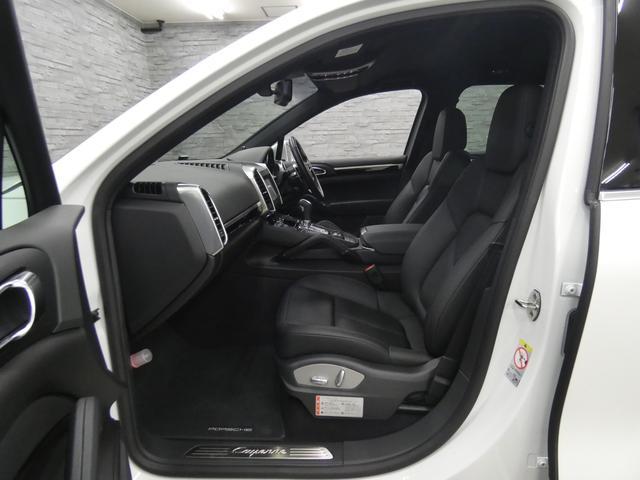 ベースグレード V6ツインターボ 後期型 黒レザー 純正HDDナビ 地デジ Bカメラ オートテールゲート 18AW キセノンHL 1オ-ナ- パークアシストシステム パワーシート シートヒーター(8枚目)