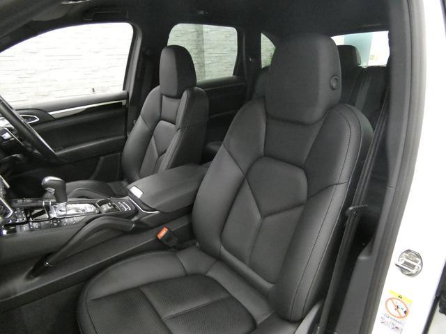 ベースグレード V6ツインターボ 後期型 黒レザー 純正HDDナビ 地デジ Bカメラ オートテールゲート 18AW キセノンHL 1オ-ナ- パークアシストシステム パワーシート シートヒーター(35枚目)
