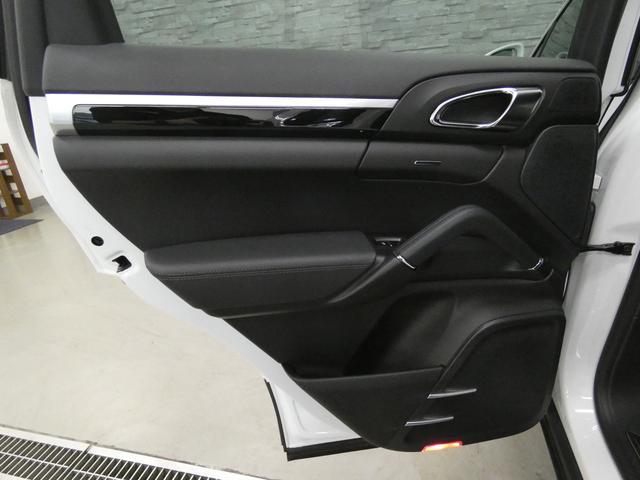 ベースグレード V6ツインターボ 後期型 黒レザー 純正HDDナビ 地デジ Bカメラ オートテールゲート 18AW キセノンHL 1オ-ナ- パークアシストシステム パワーシート シートヒーター(39枚目)