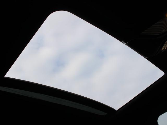 740eアイパフォーマンス Mスポーツ 黒レザー ガラスSR 3Dビューカメラ Dアシストプラス ヘッドアップD HDDナビ地デジ全周カメラ レーザーライト 自動トランク シートヒーター ハーマンカードン ACC 禁煙 本土仕入(15枚目)