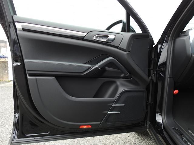 S E-ハイブリッド 後期型 ガラスSR 黒レザー シートヒーター エントリー&ドライブ SDナビ地デジBカメラ 18AW 禁煙 PAS オートマチックテールゲート V型6気筒Sチャージャーエンジン+モーター(34枚目)