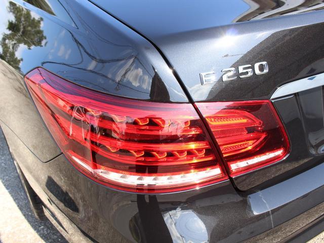 E250クーペ 後期最終型 AMGスポーツPKG レーダーセーフティーPKG パノラマSR 赤レザー LEDライト HDD地デジ360カメラ パークトロニック 18AW キーレスゴー 正規ディーラー車本土仕入(45枚目)