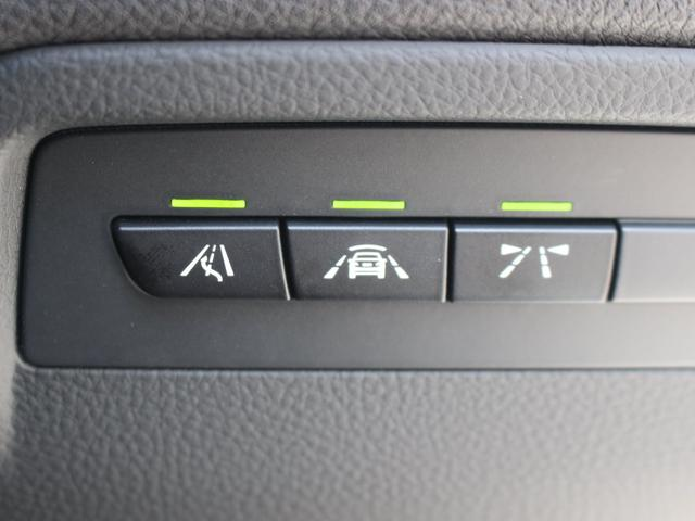 318iツーリング ラグジュアリー LED 安全支援装置 黒レザー 純正HDDナビBカメラ オートトランク 17AW DOHC 直列3気筒ターボ 電子制御8速AT プッシュスタート 右ハンドル 本州仕入(12枚目)