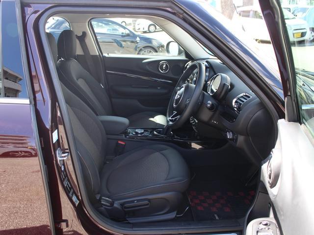 クーパーD クラブマン LEDライト 純正HDDナビ 17AW コンフォートアクセス 禁煙1オナ DOHC 直列4気筒ディーゼルターボ 8速AT 右ハンドル 正規ディーラー車 本州仕入(16枚目)