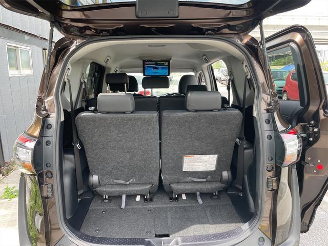 ハイブリッドG クエロ フリップダウンモニター LEDヘッドランプ BTナビTV ETC バックカメラ両側パワースライドドアトヨタセーフティーセンス 新品タイヤ(32枚目)
