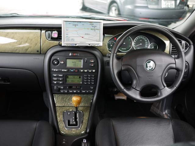 ジャガー ジャガー Xタイプ 2.5 V6 革シート ETC ディーラー車