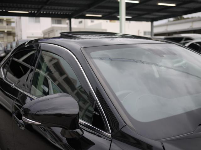 ★人気装備のサンルーフが付いています!前後スライド機能が付いていますので、様々なドライブシーンで活躍してくれます!!開放感ある車内空間は気持ちがいいですよ!是非体感してみて下さい!