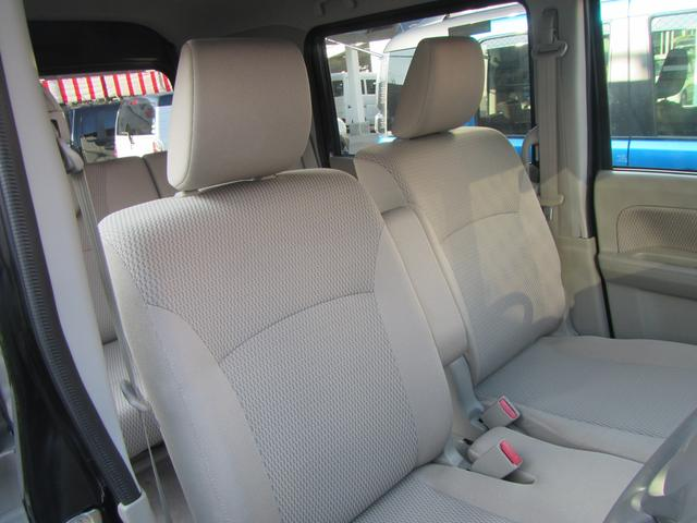 フロントシートの画像となります。車両によってはシートカバーされている写真もありますので、ご確認してください。