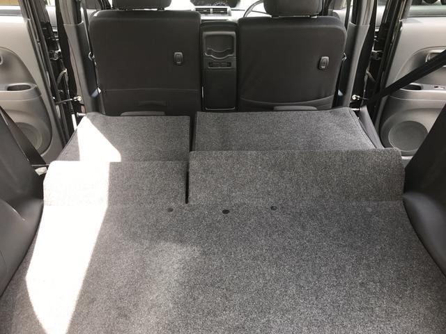 2列目を倒すともっと広々♪大型の荷物も運べます!!2列目も足元広々♪後部座席も快適に座っていただけます!