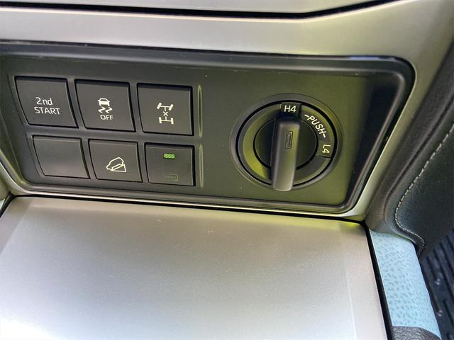 TX Lパッケージ ディーゼルターボ サンルーフ 9インチナビ バックカメラ Bluetooth DVD 7人乗り モデリスタエアロ モデリスタマフラー Cソナー 黒本革 ETC 純正ドライブレコーダー HDMI(56枚目)