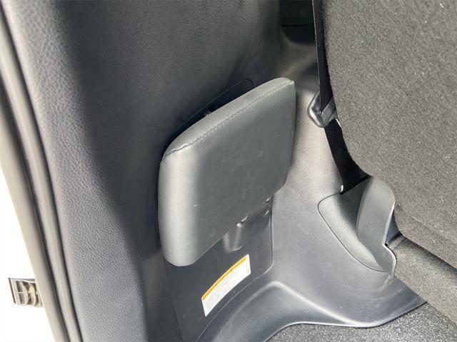 ハイブリッドGi 両側電動スライドドア ナビ フルセグ Bluetooth バックカメラ DVD ETC スマートキー ハーフレザーシート ウッドコンビステアリング クルーズコントロール(21枚目)
