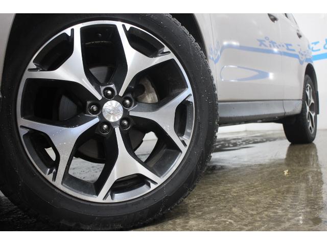 純正18インチアルミホイール タイヤサイズ(前)225/55R18タイヤサイズ(後)225/55R18