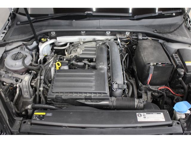 直列4気筒DOHC16バルブICターボ 最高出力140ps(103kW)/4500〜6000rpm最大トルク25.5kg・m(250N・m)/1500〜3500rpm