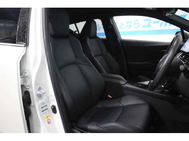 「トヨタ」「C-HR」「SUV・クロカン」「沖縄県」の中古車11