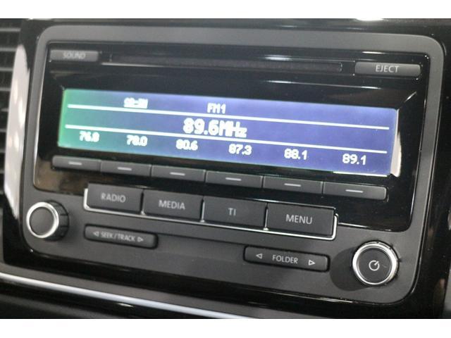 AUX機能付き純正CDオーディオ