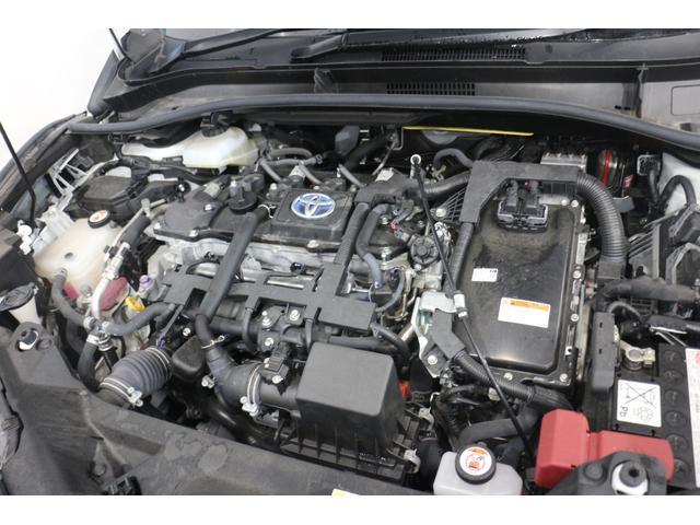 直列4気筒DOHC+モーター 最高出力98ps(72kW)/5200rpm最大トルク14.5kg・m(142N・m)/3600rpm