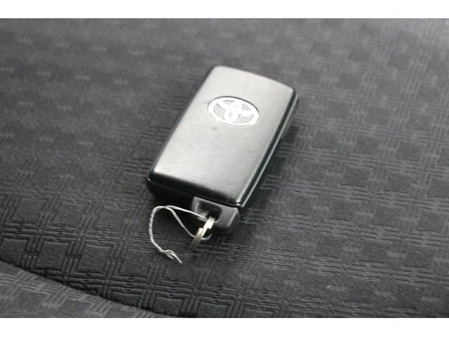 「トヨタ」「ヴァンガード」「SUV・クロカン」「沖縄県」の中古車18