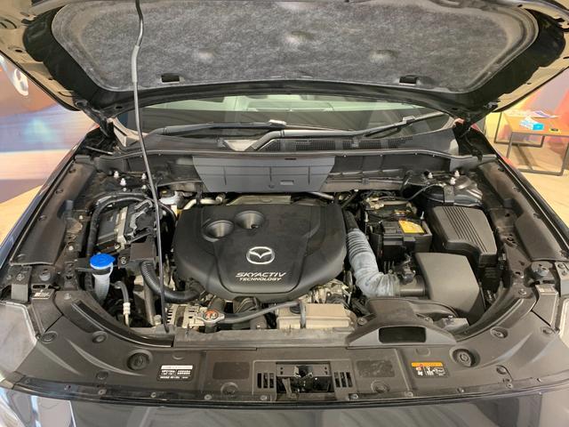 最高出力175ps(129kW)/4500rpm最大トルク42.8kg・m(420N・m)/2000rpm種類水冷直列4気筒DOHC16バルブターボ (ディーゼル)