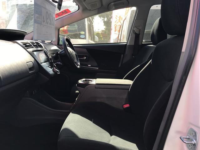 トヨタ プリウスアルファ S チューン ブラック 社外アルミ バックカメラ