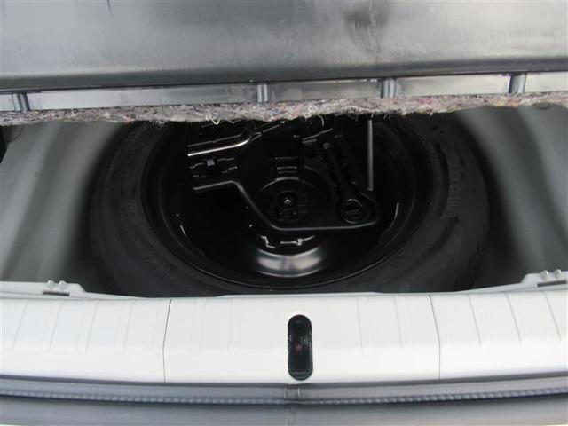 納車前にはしっかりクリーニング致します♪オーナー様だけでなく大切な人も乗られるおクルマだから、クルマのシートまで外して徹底洗浄!!(※一部の車両を除く)