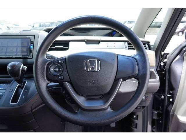 ホンダ フリード G デモカーアップ車