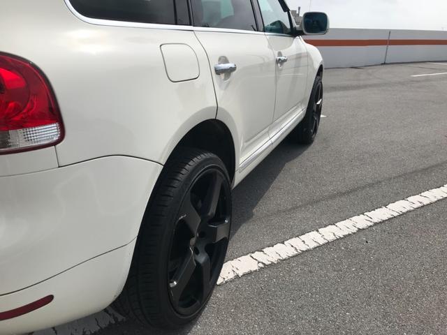 「フォルクスワーゲン」「トゥアレグ」「SUV・クロカン」「沖縄県」の中古車12