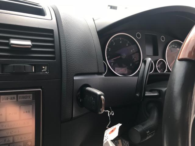「フォルクスワーゲン」「トゥアレグ」「SUV・クロカン」「沖縄県」の中古車15