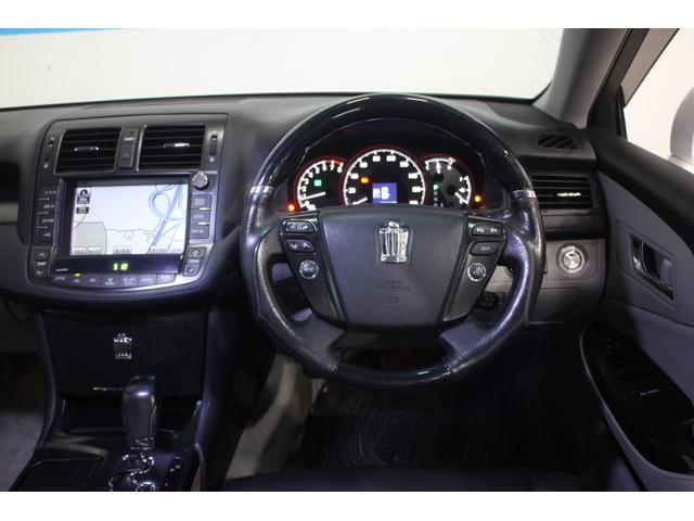 ドライバーの眼の開閉状態検知により一層の衝突被害低減を目指した、世界初のドライバーモニター付プリクラッシュセーフティシステムを設定
