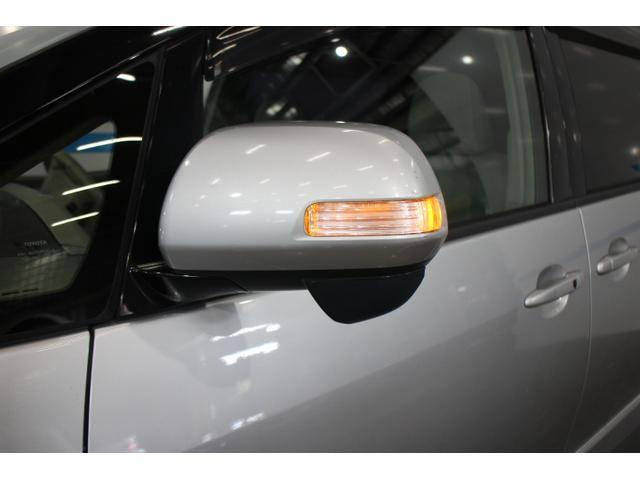 1990年に誕生したエスティマは、「スタイリッシュな高級ミニバン」というジャンルを拓き、市場を先導してきたトヨタのミニバンを代表するブランドである。