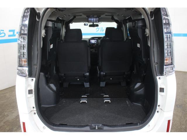 ワンタッチスペースアップサードシートは収納がとっても楽です!
