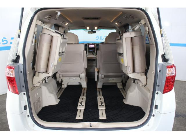 シートをしまえば収納倍増、大きな荷物も楽々積み込めます!