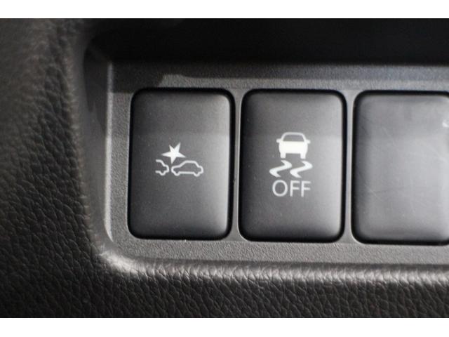 充実の安全装備、プリクラッシュセーフティ/横滑り防止装置他