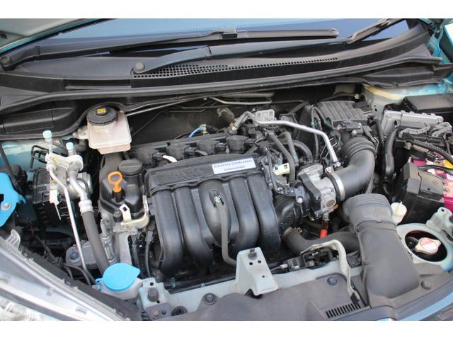 水冷直列4気筒DOHC16バルブ+モーター 最高出力 110ps(81kW)/6000rpm最大トルク 13.7kg・m(134N・m)/5000rpm