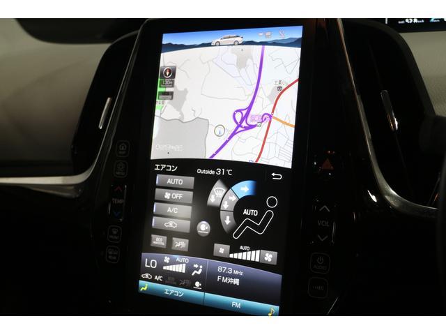 縦長モニターが特徴的な、11.6インチT‐Connect SDナビゲーションシステム