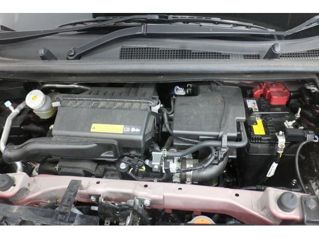 水冷直列3気筒DOHC 最高出力52ps(38kW)/6400rpm最大トルク6.1kg・m(60N・m)/3600rpm