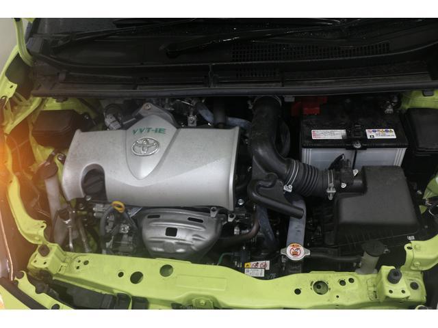 直列4気筒DOHC 最高出力109ps(80kW)/6000rpm最大トルク13.9kg・m(136N・m)/4400rpm