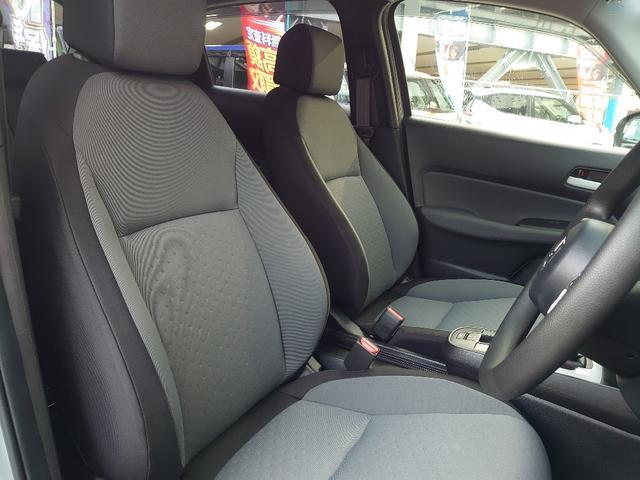 安全装備には、進化した先進の安全運転支援システム「Honda SENSING(ホンダセンシング)」と、新世代コネクテッド技術「Honda CONNECT(ホンダコネクト)」を搭載