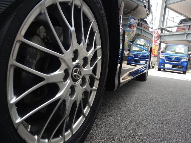 タイヤサイズ(前)205/55R16タイヤサイズ(後)205/55R16最小回転半径5.5m