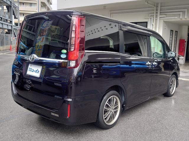 ガソリン車は高効率のバルブマチックやSuper CVT-iなどの採用で、このクラスのガソリン車で低燃費の環境性能(2WD車のJC08モード走行燃費:16.0km/L)を確保。