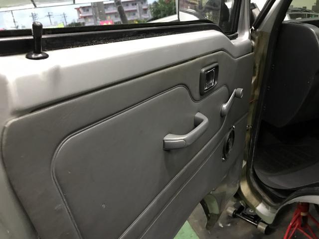 ジャンボ 5MT 4WD エアコン(9枚目)