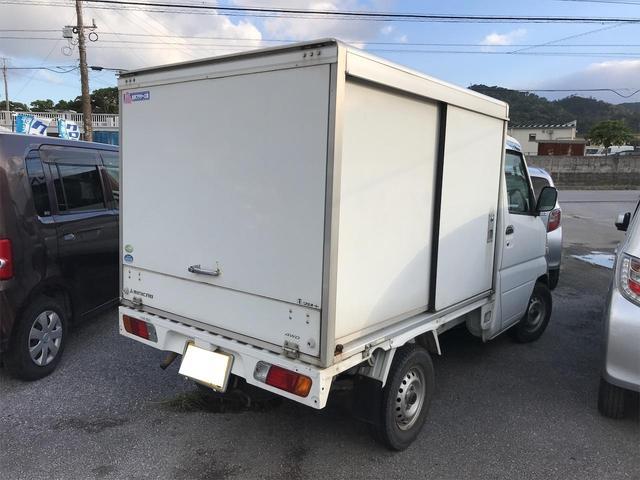 パネルバン AT車 4WD(3枚目)