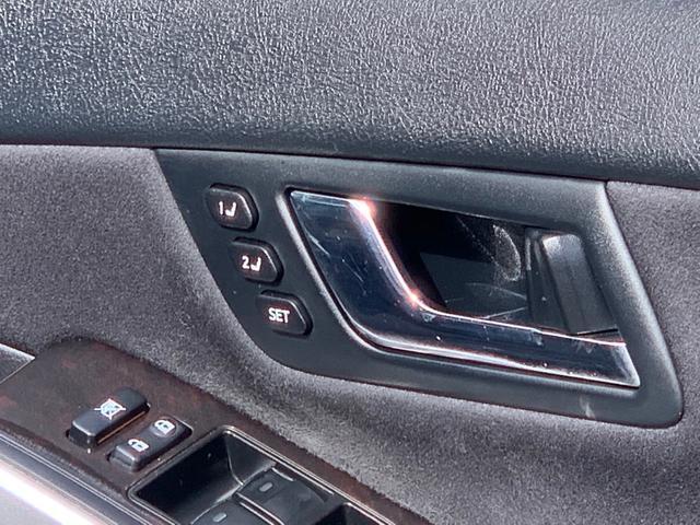 上級グレードGに付く運転席メモリー付き、助手席パワーシート