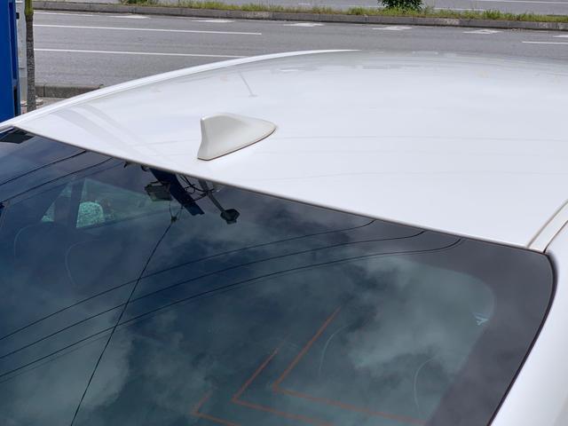 UVカット機能付ウインドシールドガラス(グリーン合わせ) 高遮音性ガラスUVカットグリーンガラス(フロントドア) スーパーUVカットガラス+撥水機能付