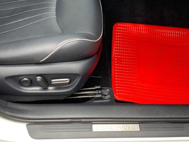 本革パワーシート・シートエアコン・シートヒーター機能付き・