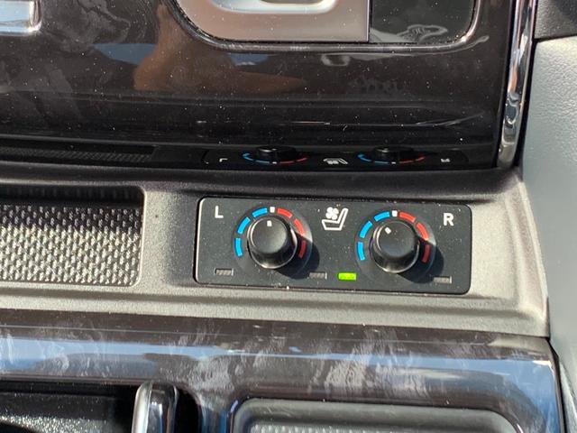 運転席、助手席側シートヒーター・エアコンボリューム