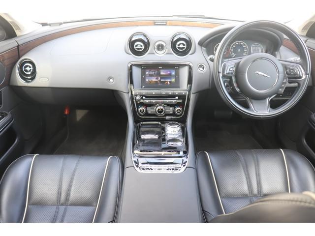 3.0 V6 340PS 8AT シートクーラー(8枚目)