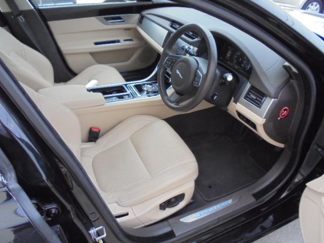 プレステージ ブラックパッケージ仕様車新車保証継承(4枚目)